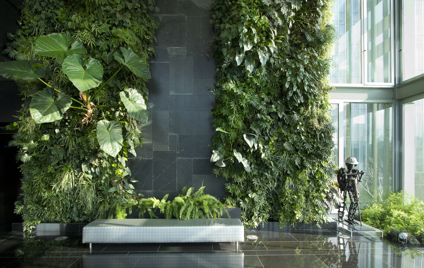 Natura-Towers_Interior_Vertical-Garden-Design_Jardim-vertical_Lisboa_Portugal_1.jpg