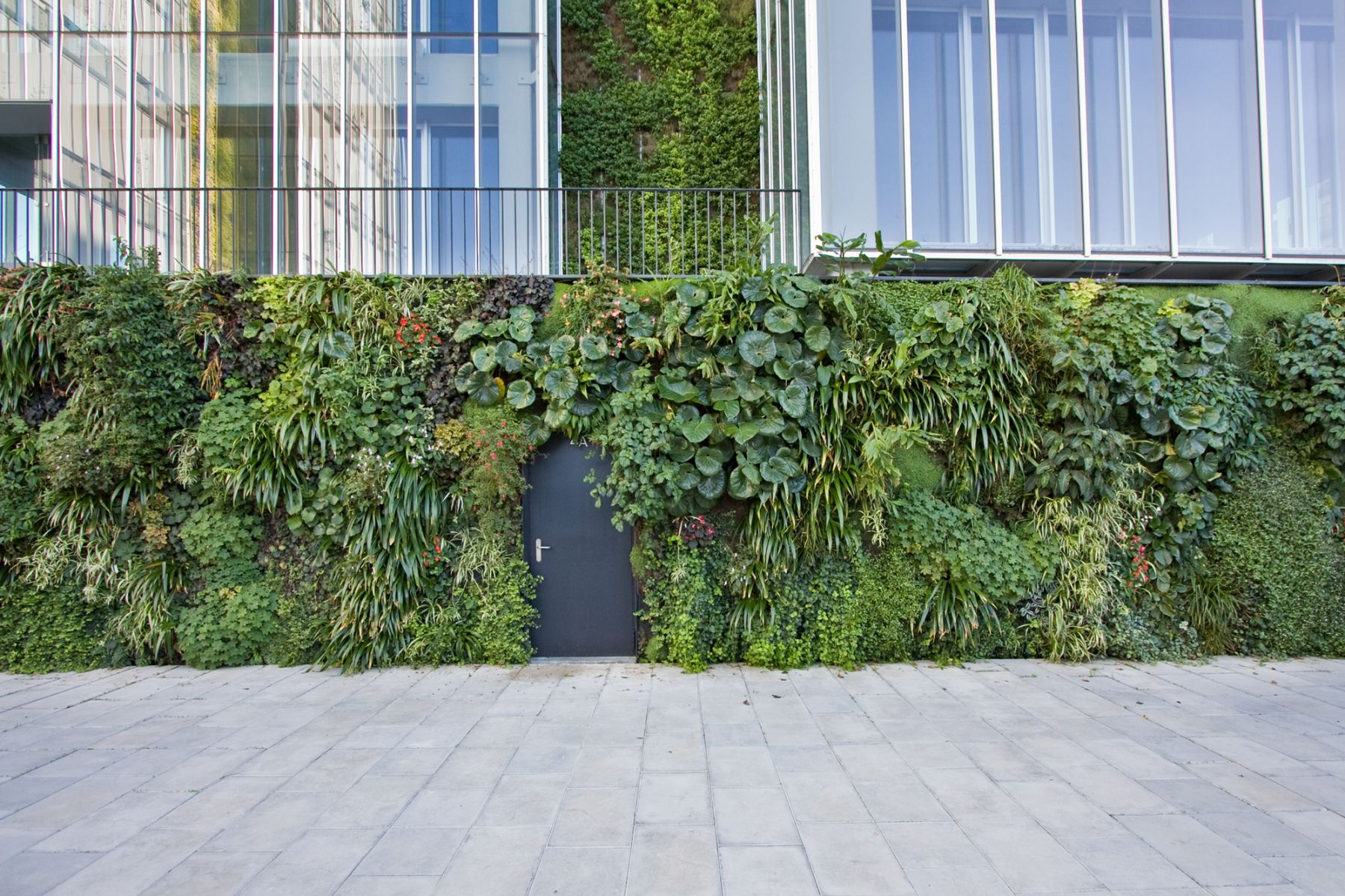 Natura-Towers_Vertical-Garden-Design_Jardim-vertical_Lisboa_Portugal_3.jpg
